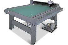 Планшетный режущий плоттер MIMAKI CF2-0912RC-S