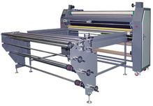 Каландровый термопресс, ширина рабочей зоны – 1600 мм, диаметр барабана 350мм,  в комплекте со столом и размоточным устройством Proffesional, максимальная скорость - 2 м/мин. Встроенный UPS 750VA. TitanJet RTX3-1600TPU.